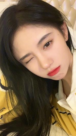 鞠婧祎清纯可爱迷人生活
