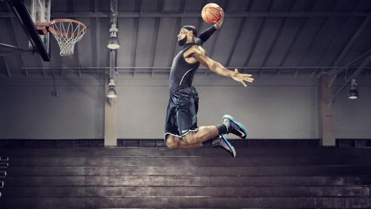 NBA体坛巨星詹姆斯
